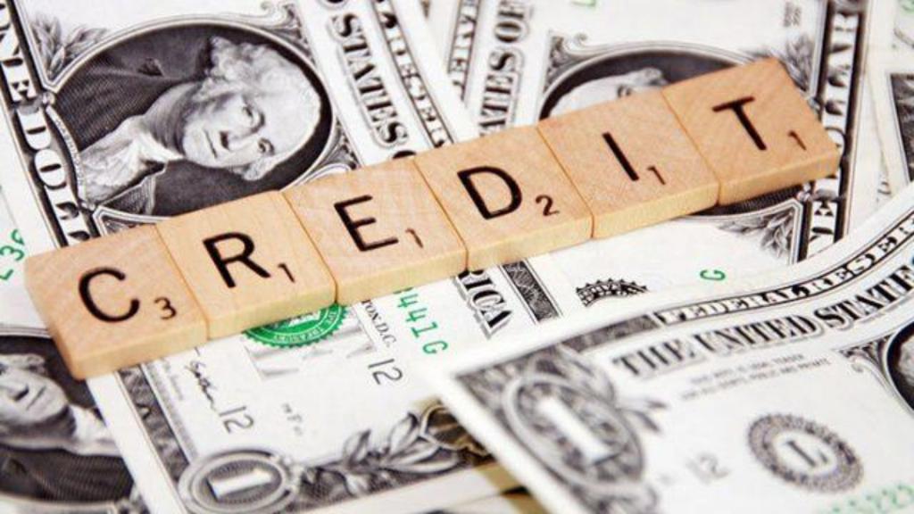 Как выбрать МФО, чтобы взять кредит онлайн на карту Украина